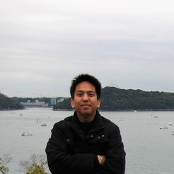 sthatree - inglés a tailandés translator