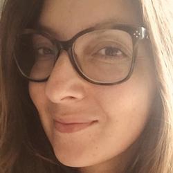 Caroline Zerouki - Italian a French translator