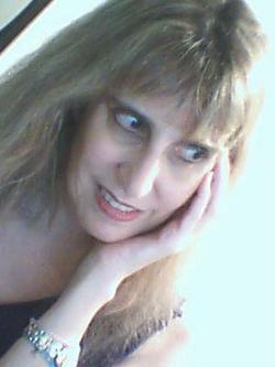 Mylene Abud - English to Portuguese translator