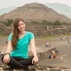 Paulina Holblingova - checo a inglés translator