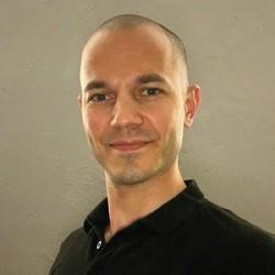 Martin Vargečko - inglés a eslovaco translator