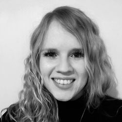 Line Bülow - inglés a danés translator
