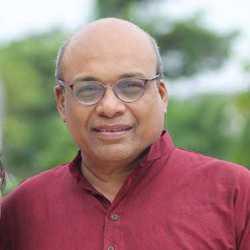 Umang Dholabhai - angielski > gudżarati translator
