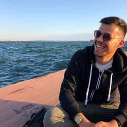 Nikos Karatarakis - angielski > grecki translator
