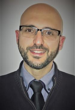 Tiago Gomes - English to Portuguese translator