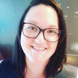 Vanessa Barros - inglés a portugués translator