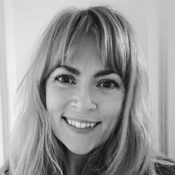 Unni Soltun Andreassen - angielski > norweski translator