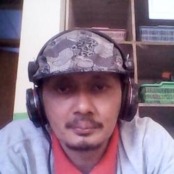 Yohanes Sutopo - angielski > indonezyjski translator