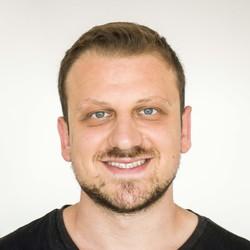 Kamal Akeel - inglés a árabe translator