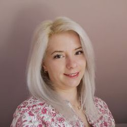 Christina Tiplic - Romanian a German translator
