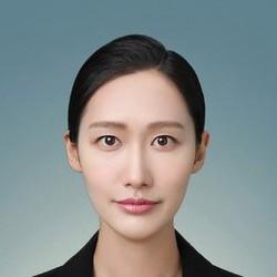 Nari Shin - angielski > koreański translator