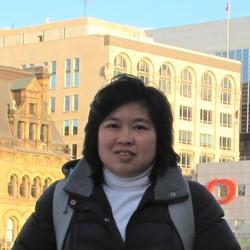 Achara Paivithayasiritham - inglés a tailandés translator