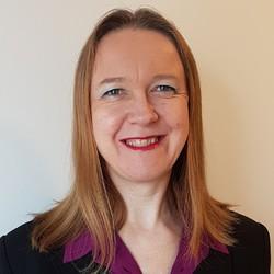Claudia Langreiter - English to Hungarian translator