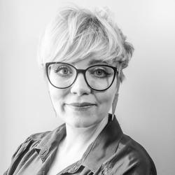 Suvi Ollila - hiszpański > fiński translator