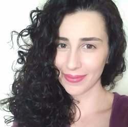 Maria Carolina Alves - English to Portuguese translator