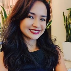 Warangkana Hemsugon - inglés a tailandés translator