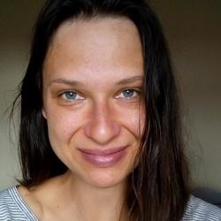 Nicolle Kuliskova - inglés a checo translator