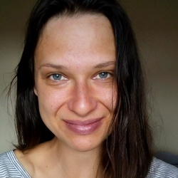 Nicolle Kuliskova - English to Czech translator