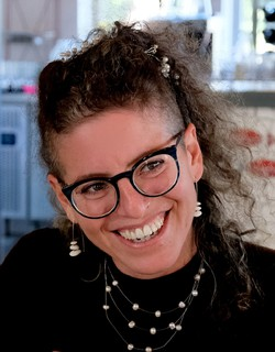 Annabelle Shemer - angielski > hebrajski translator