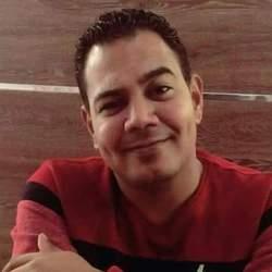 John Nashaat - inglés a árabe translator
