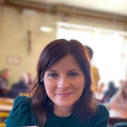 Lucia Ghisu - angielski > włoski translator