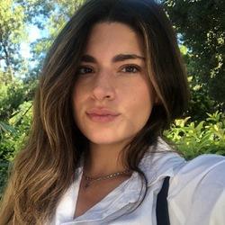 Georgia Kalavrezou - angielski > grecki translator