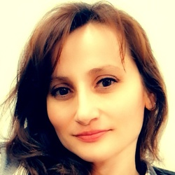 Nicoleta Dobrin - inglés a rumano translator