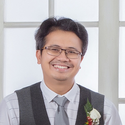 Helmy Ismail Sani - English to Indonesian translator
