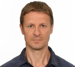 Arkadiusz Witek - angielski > niemiecki translator