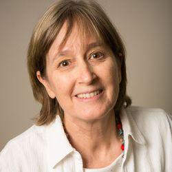Elizabeth Best - Portuguese a English translator