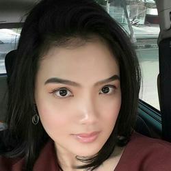 Anastasia Andriani - indonezyjski translator