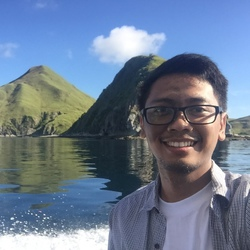 Wisnu Barata - inglés a indonesio translator