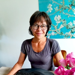 Mariëtte van der Maas - English to Dutch translator