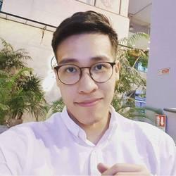 Phattarathorn Rukprayoon - inglés a tailandés translator