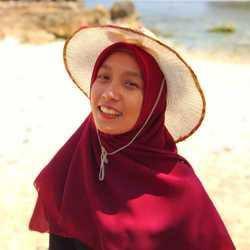 Nurina Ahmadhani - angielski > indonezyjski translator