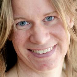 Mari Rosman - angielski > norweski translator