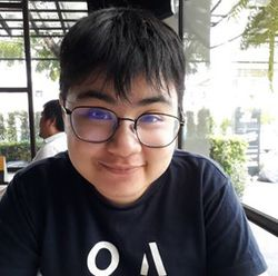 Khritchayen Jitsupanan - inglés a tailandés translator