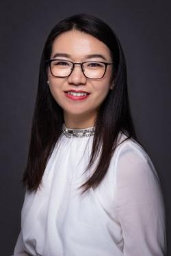 Lian Pang - English a Chinese translator