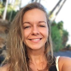 Monika Novikmecova - inglés a eslovaco translator