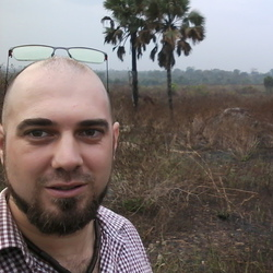 Gilles Snoeck - inglés a francés translator