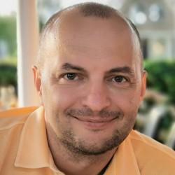 Oleg Voronenko - ukraiński > angielski translator