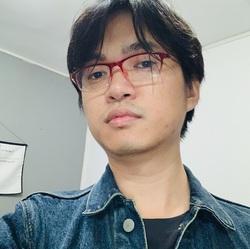 Guanxiong Wu - French to Chinese translator
