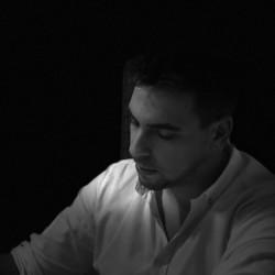 Fábio Fernandes - English to Portuguese translator