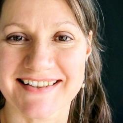 Marja de Reuver - English to Dutch translator