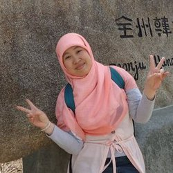 Dewi Kusumah - inglés a indonesio translator