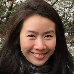 Sorada Thumrongvit - inglés a tailandés translator