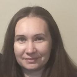 Nadezhda Grinevich - ruso a ucraniano translator