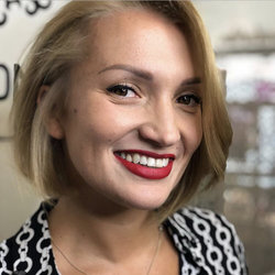 Tetyana Larina - włoski > rosyjski translator