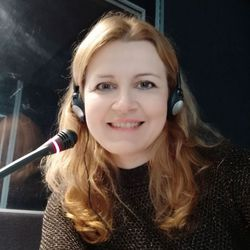 Gabriela Simonova - English a Slovak translator