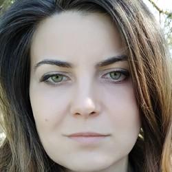 Alzbeta Bohusova - inglés a eslovaco translator